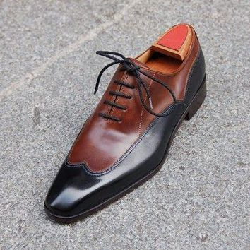 Men Brown Black Wingtip Handmade Genuine Leather Shoes