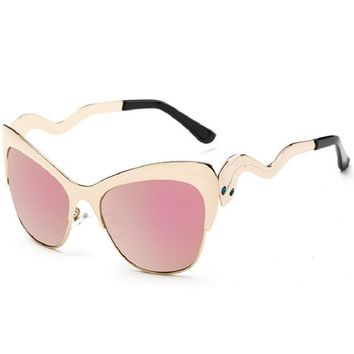 Summer Vintage Cat Eye Sunglasses Women  Frame Sun Glasses trendy luxury brand glasses For Wave Frame Unique Style Sun Glasses