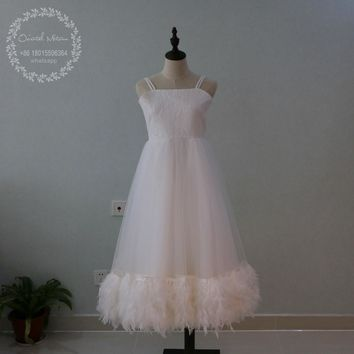 2017 Ball Gown First Communion Dresses for Girls Feather Flower Girls Dress Kids Pageant Evening Gowns Vestidos de comunion