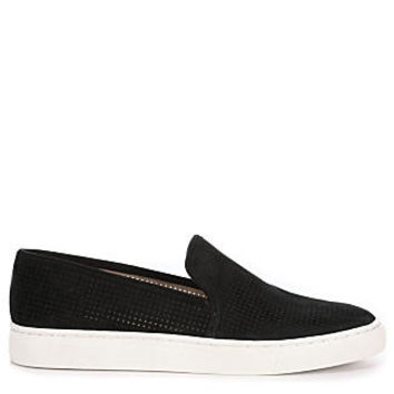 Vince Camuto Bayana Women's Slip-On Sneaker (BLACK)