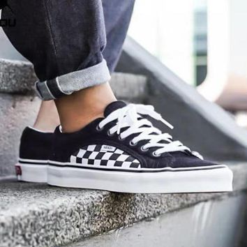 Vans tide brand men and women chessboard casual sports shoes black