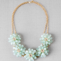 GREUNE FLORAL NECKLACE IN MINT