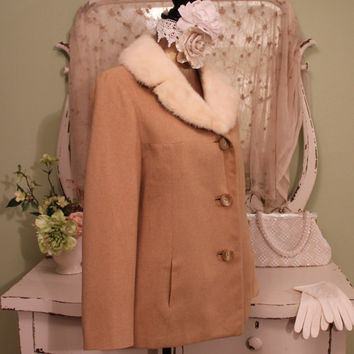 1950s 60s Camel Hair Jacket, Vintage Beige Coat, Retro Winter Fur, Buttoned Fully Lined, Warm Jackets, White Mink, Ladys Size Medium / Large