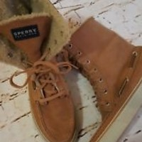SPERRY Top-Sider Womens Sized Ankle Boots Tan  LEATHER 6M faux fur shoes EUC