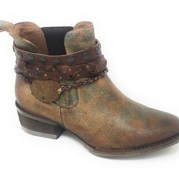 ICIKAB3 Circle G by Corral Green Harness & Studs Round Toe Ankle Booties