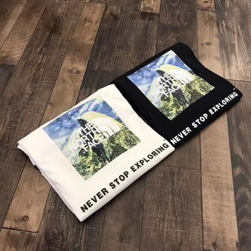 """""""The North Face"""" Unisex Casual Fashion Mountain Peak Pattern Letter Print Couple Short Sleeve T-shirt Top Tee"""