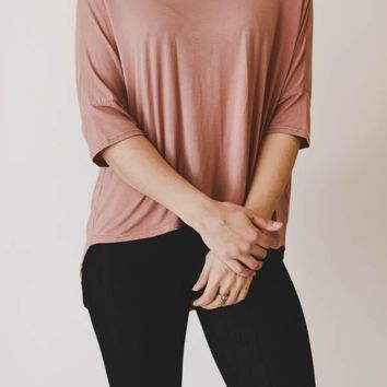 High-Low Cut Out Tee - Mauve