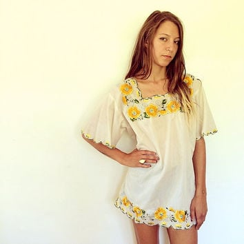 Marigold Tunic // vintage 70s boho hippie mini gypsy sun bohemian ethnic Mexican embroidered tent dress blouse tunic floral // O/S