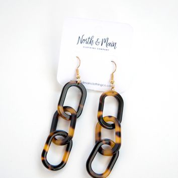 Glimmer Linked Earrings, Tortoise
