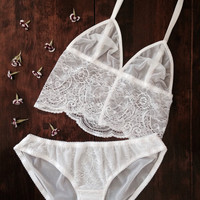 Ivory Lace Bridal Lingerie Set. Long Line Bralette and Panties by Nahina