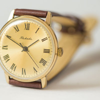 Mint condition wrist watch Raketa gold plated AU men's watch shiny face watch premium leather strap new