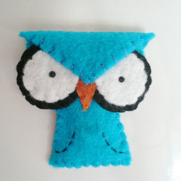 Decorative owl magnet blue angry felt animal decor