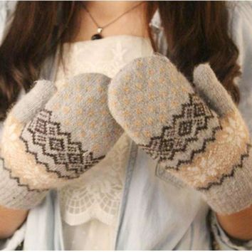 2017 FASHION  Knit Wool Women Girl Snowflake Winter Keep Warm Mittens Gloves  Y90730