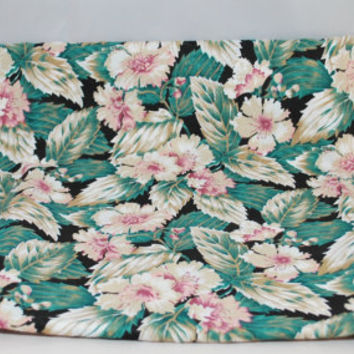 Beautiful Pink, White, Tan Floral With Variegated Leaves on Black Background Cotton Fabric, Peter Pan Fabrics, Inc. 2 yards x 45 inches