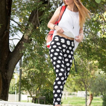 Printed Leggings, Polka Dot Leggings, Black White Leggings, Womens Leggings, Workout Stretch Leggings, Gym Leggings, Handmade Yoga Leggings