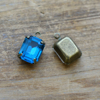 4 - Small Rectangle Jewel Charms DEEP BLUE Drop Gem Rectangle 8x10mm Brass Claw Setting Charm or Link Gold Antique Bronze Silver