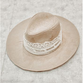 THE EVERLY SUEDE WIDE BRIM HAT