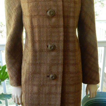 Beautiful 1960s Wool Coat MInk Fur Collar Amber Wool Winter Coat Fur Collar Betty Rose Mad Men MId Century Glamour