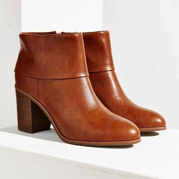 BC Footwear Band Heeled