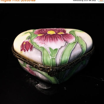 5 DAY SALE (Ends Soon) Benaya Hand Painted Ceramic Trinket Box, Jewelry Holder