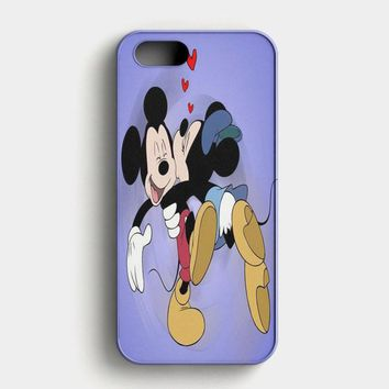 Mickey Mouse And Minnie Mouse iPhone SE Case
