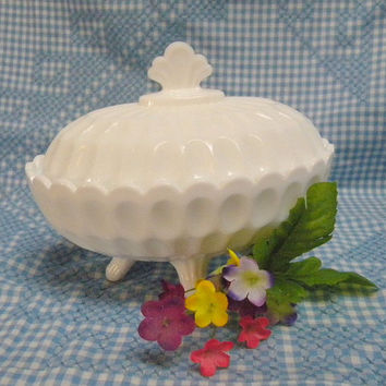 Fenton thumbprint oval covered candy bowl 1950s vintage