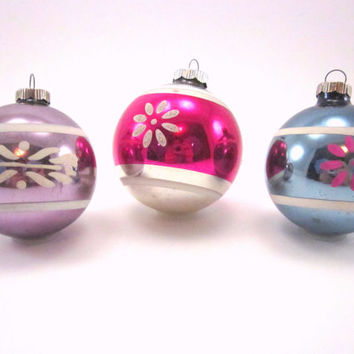 Shiny Brite Striped And Flowered Christmas Holiday Ornaments