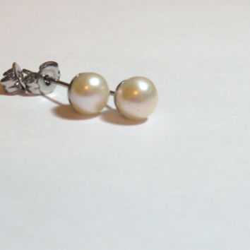 6 mm Pearl Stud Earrings on Surgical Stainless Steel Posts and butterfly clutches