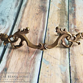 Brass Drawer Pull Gold Drawer Pulls French Provincial Dresser Pull Brass French Vintage Furniture Pulls Gold Cabinet Pulls Dresser Hardware