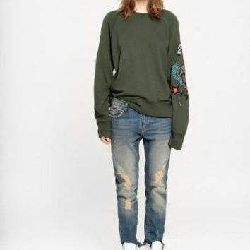 Upper Embroidered sweatshirt