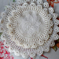 Vintage 1960s Linens /5 Hand Crocheted Doilie Set/5 White Cotton Hand Crocheted Doilies/Vintage Doilies