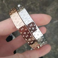 LV Louis Vuitton Popular Women Men Stylish High End Stainless Steel Bracelet Accessories Jewelry I/A