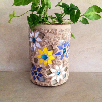 Mosaic pot, indoor planter, kitchen decor, kitchen storage, mosaic planter, mosaic art, housewarming gifts, handmade planters, storage pot