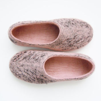 Felted wool slippers, house shoes decorated with lace