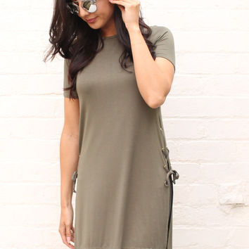 Lace Up Slit Side Tee with Short Sleeves in Khaki Green