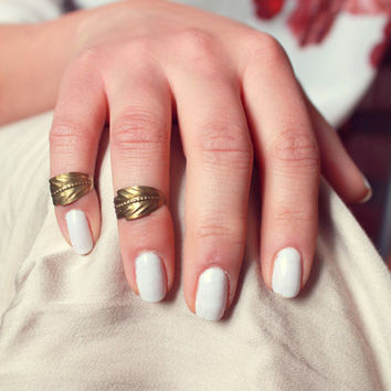 Free Shipping - Pair of Retro Vintage Leaf Knuckle Rings - Made to order :)