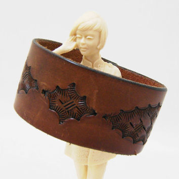 Brown Leather Cuff - Basket Weave Tooled Leather Fashion Bracelet - Size Large