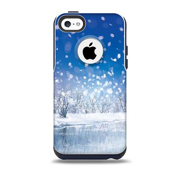 The Frozen Snowfall Pond Skin for the iPhone 5c OtterBox Commuter Case