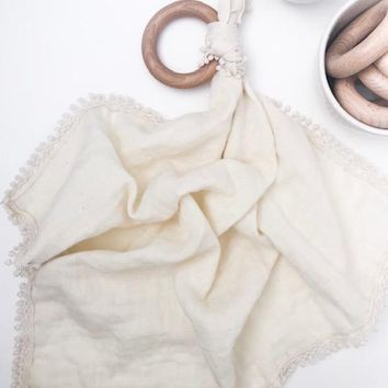 Cream - Muslin Lovey with Teething Ring