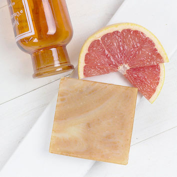 Natural Handmade Moisturising Soap Bar: Blood Orange and Pink Grapefruit (The Grove) with Red Clay - Palm Oil-Free and Cruelty-Free