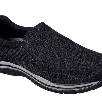 DCCKAB3 Skechers Black Expected-Gomel Shoes