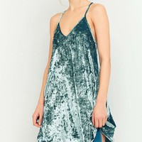 Pins & Needles V-Neck Velvet Slip Dress - Urban Outfitters