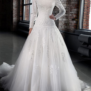 Designer Lace Corset Wedding Dress Long Sleeves Muslim Long Formal Dress