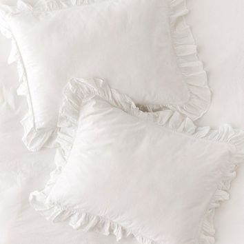 Washed Cotton Overscale Ruffle Sham Set | Urban Outfitters