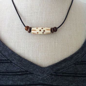 Unisex Southwestern Leather Choker, Tribal Necklace, Boho Jewelry, Carved Buffalo Bone Beads, Arrowhead Pendant, Teen Jewelry