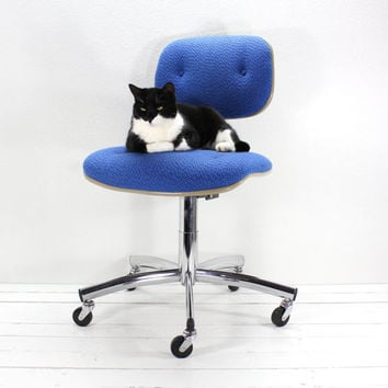 Vintage Blue Steelcase Swivel Office Chair