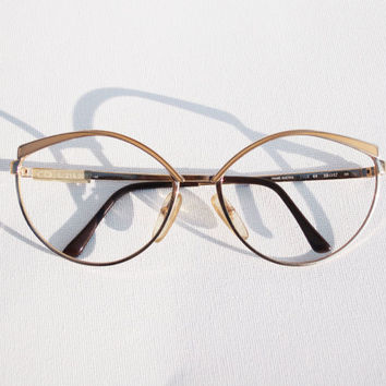 Christian Dior Vintage NOS Luxury Sunglasses Cat Eye cateye frames, 70s Gold and beige sand Enamel