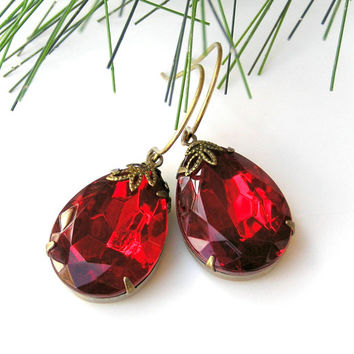 Red Vintage Earrings, Dangle Earrings, Christmas Earrings, XL Pear-Shaped Crystal