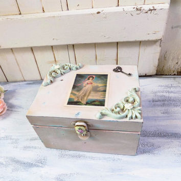 Pink and Mint Ornate Jewelry Box with Vintage Pink Girl art and Heart Key, OOAK Jewelry Box, Gift Box, Small Jewelry Box with Vintage Art