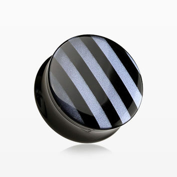 A Pair of Marble Stripe Double Flared Ear Gauge Plug